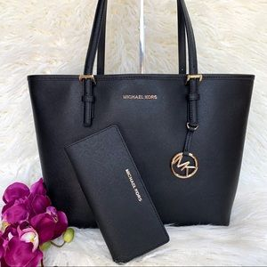 NWT Michael Kors Jet Set Carryall Tote & Wallet
